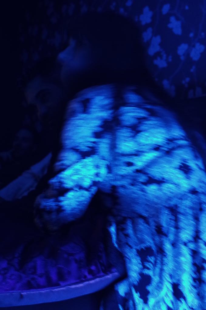 ire_blue_01_pragmart_2015